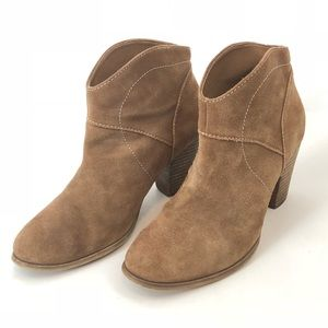 Sole Society Alba Coffe Suede Heeled Ankle Bootie